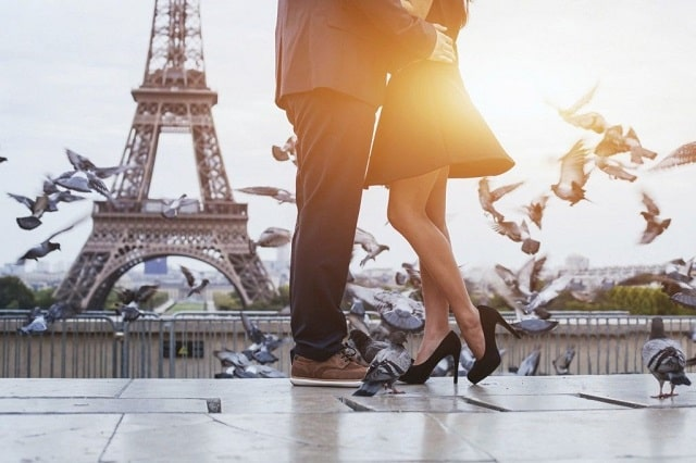 Romantic Places to kiss in Paris
